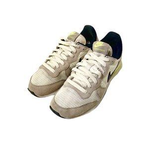Nike Internationalist Women's Athletic Sneakers